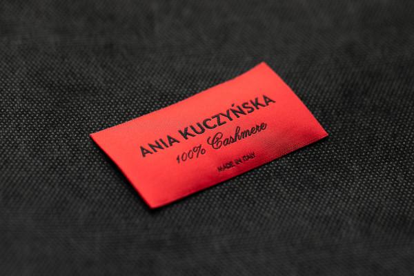 Ania Kuczynska 100% Cashmere